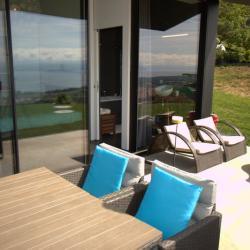 Table d'hôtes et petit déjeuner en terrasse